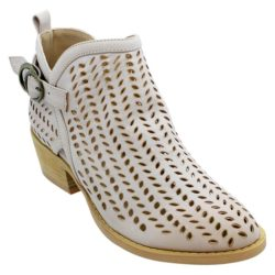 d73916fc931 KO Fashion Shoes Australia Loves - Payless Shoes Supply Co.